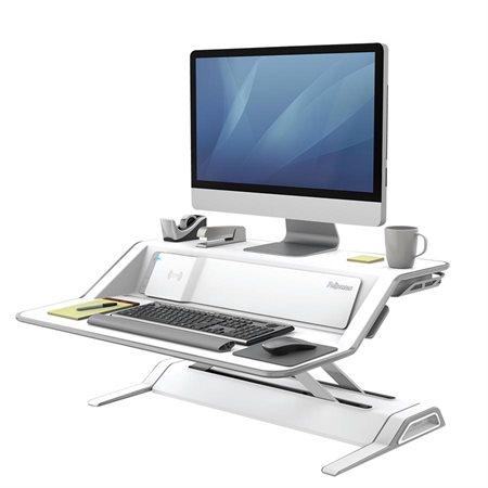 Station de travail convertible assis-debout Lotus™ DX avec station de recharge